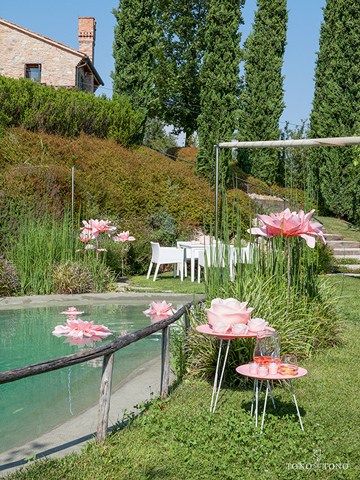 Allestimento in total pink